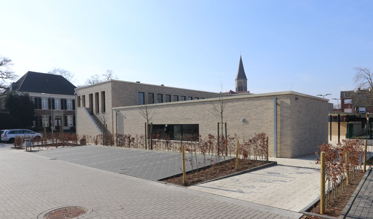 pfarrzentrum_stadtlohn_kirchturm